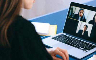 Zmiana układu wideo w Zoom – widok speakera i galerii
